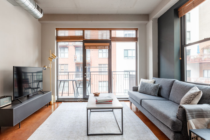 2 bedroom furnished apartment in The Hudson, 1425 P St NW 210, Logan Circle, Washington D.C., photo 1