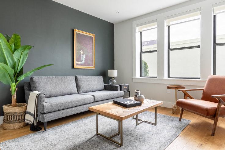 2 bedroom furnished apartment in 4 Elko St 271, Brighton, Boston, photo 1