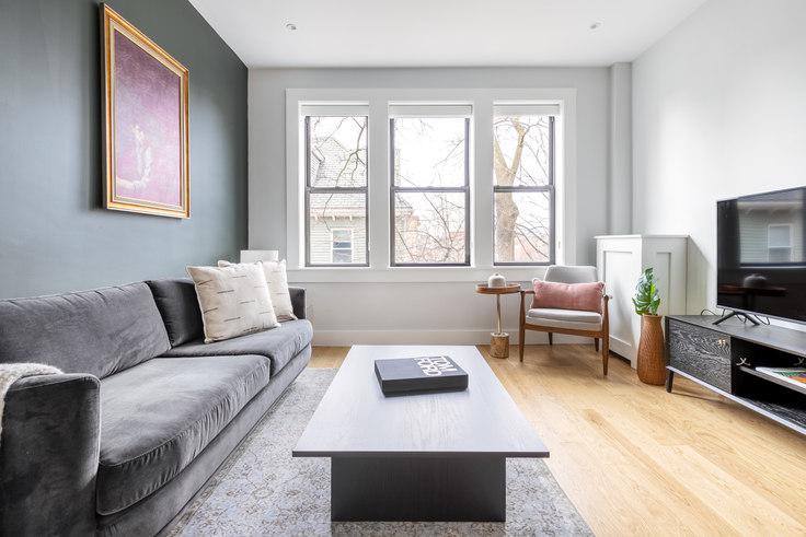 2 bedroom furnished apartment in 12 Elko St 273, Brighton, Boston, photo 1