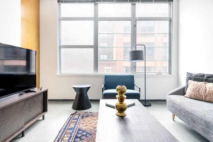 2 bedroom furnished apartment in 160 E Berkeley St 275, South End, Boston, photo 1