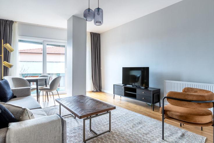 2 bedroom furnished apartment in Ortaklar 56 - 527 527, Fulya, Istanbul, photo 1
