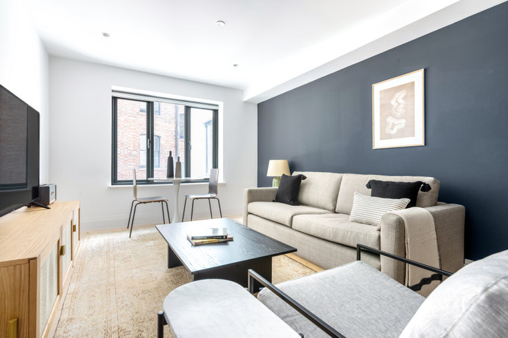 1 bedroom furnished apartment in Bourlet Close 23, Fitzrovia, London, photo 1