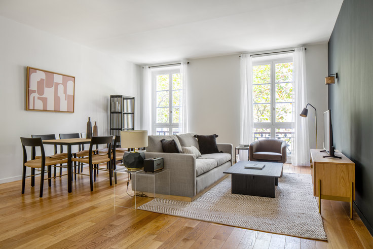 4 bedroom furnished apartment in Rue Tronchet 21, Madeleine, Paris, photo 1