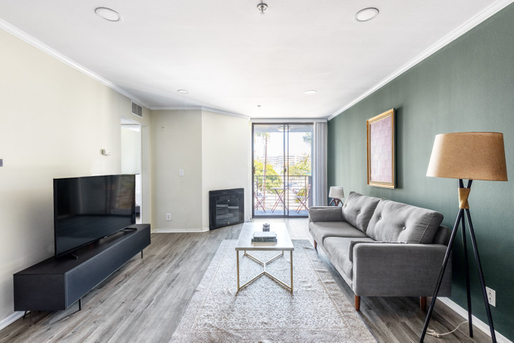 1 bedroom furnished apartment in 1223 Federal Ave 314, Brentwood, Los Angeles, photo 1
