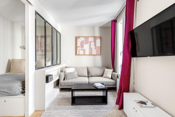 1 bedroom furnished apartment in Rue Cortambert 29, Trocadéro, Paris, photo 1
