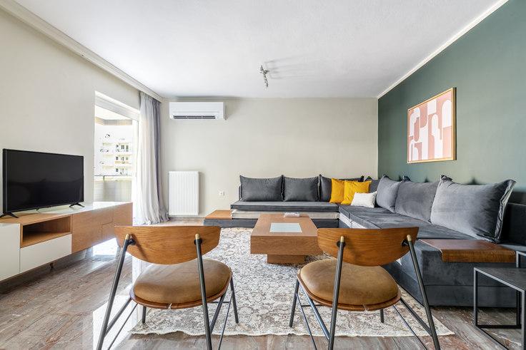 4 bedroom furnished apartment in Esperou 897, Palaio Faliro, Athens, photo 1
