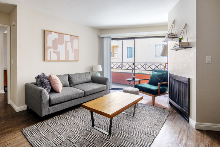 2 bedroom furnished apartment in The Jeremy, 1920 Sawtelle Blvd 316, West LA, Los Angeles, photo 1