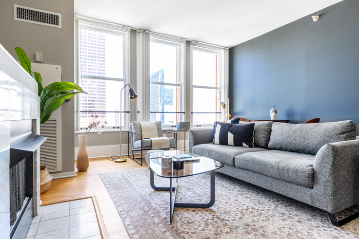2 bedroom furnished apartment in Fisher, 343 S Dearborn St 319, The Loop, Chicago, photo 1