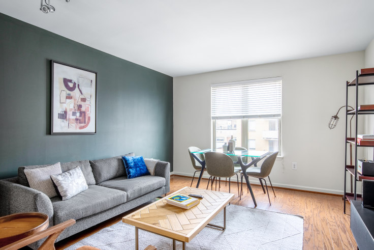 2 bedroom furnished apartment in Andover House, 1200 14th St NW 220, Logan Circle, Washington D.C., photo 1
