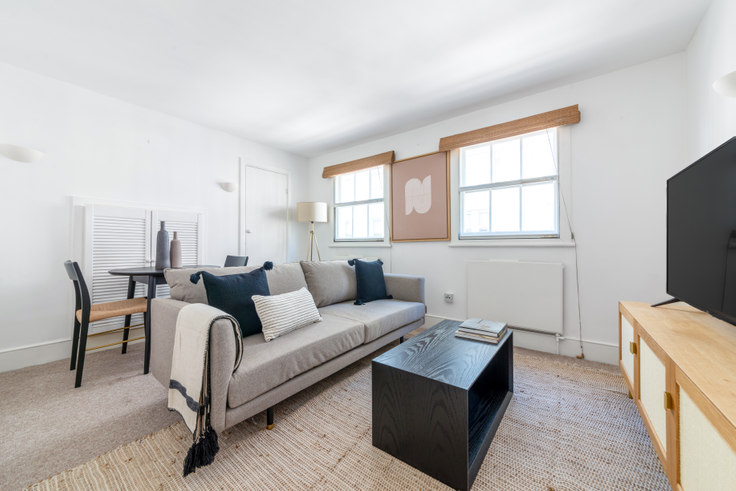 1 bedroom furnished apartment in Short's Gardens 28, Covent Garden, London, photo 1
