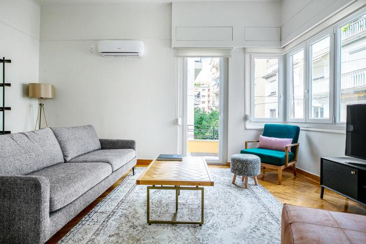 2 bedroom furnished apartment in Iridanou III 908, Vasilissis Sofias Avenue, Athens, photo 1