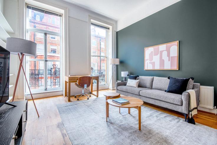 2 bedroom furnished apartment in Nottingham Pl 30, Marylebone, London, photo 1