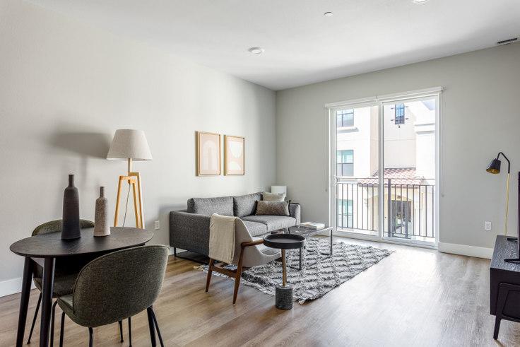 1 bedroom furnished apartment in Trestle Apartments, 261 El Camino Real 366, San Carlos, San Francisco Bay Area, photo 1