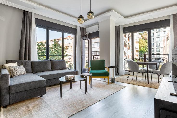 2 bedroom furnished apartment in Aydınlık - 561 561, Beşiktaş, Istanbul, photo 1