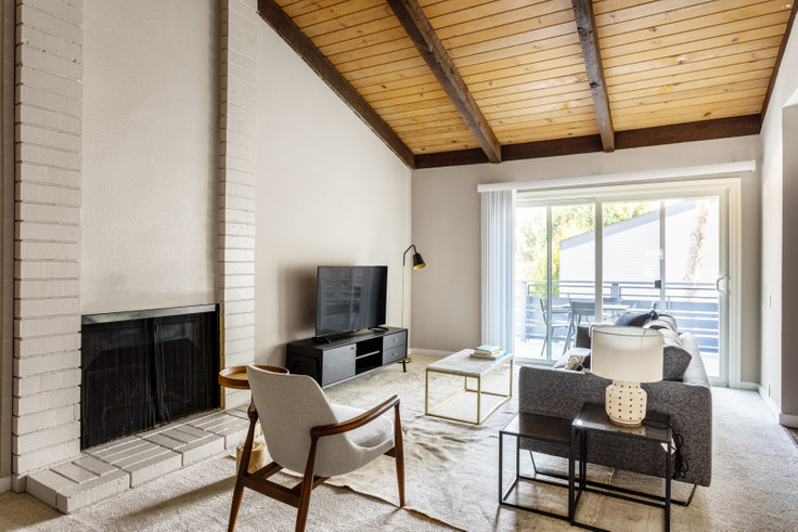 2 bedroom furnished apartment in Shadowbrook Apartments 2, 241 Arriba Dr 370, Sunnyvale, San Francisco Bay Area, photo 1