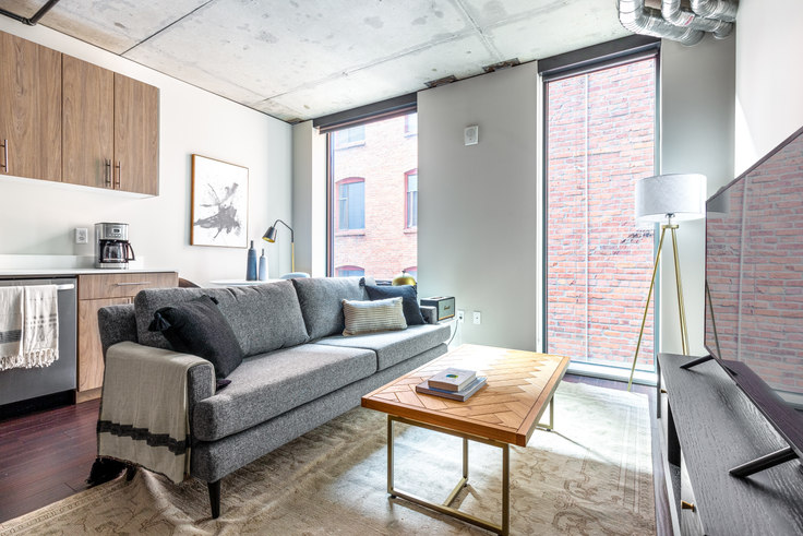 Studio furnished apartment in Sequel, 1900 1st Ave 47, Downtown, Seattle, photo 1