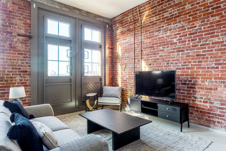 1 bedroom furnished apartment in 275 Medford St 309, Charlestown, Boston, photo 1