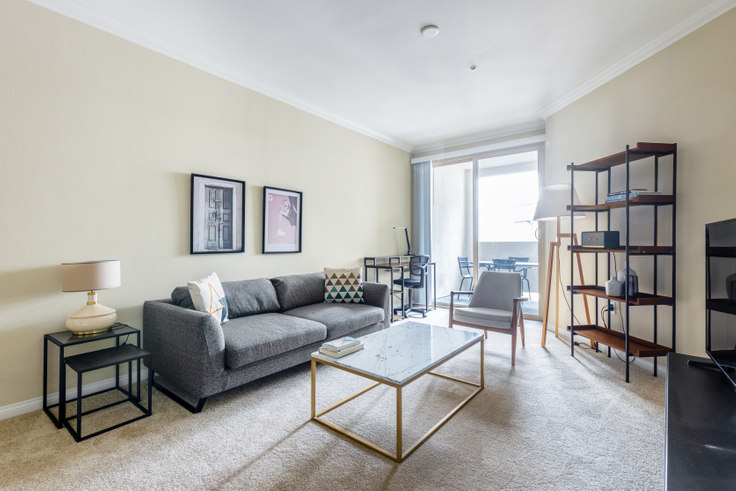1 bedroom furnished apartment in Avalon Wilshire, 5115 Wilshire Blvd 346, Mid-Wilshire, Los Angeles, photo 1