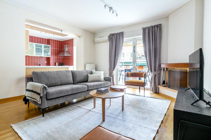 2 bedroom furnished apartment in Dionisiou Eginitou IV 930, Vasilissis Sofias Avenue, Athens, photo 1