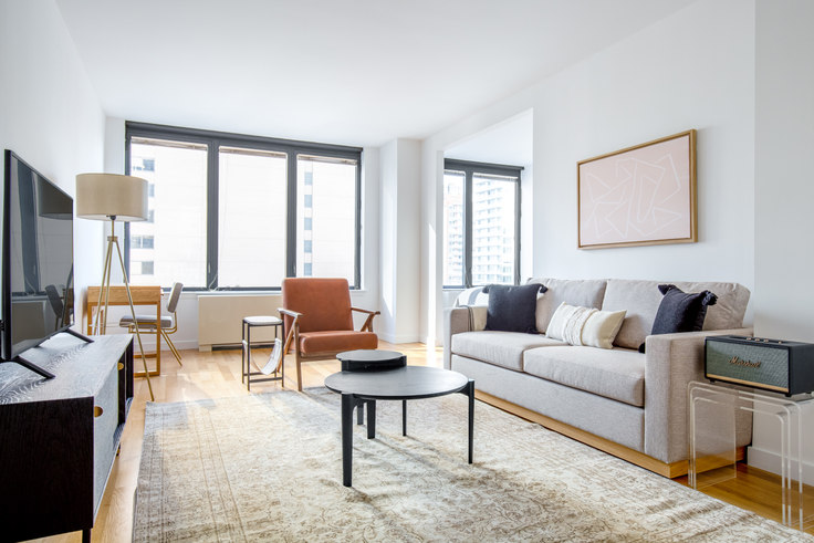 Studio furnished apartment in 150 E 57th St 517, Midtown East, New York, photo 1