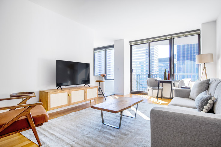 1 bedroom furnished apartment in 150 E 57th St 520, Midtown East, New York, photo 1
