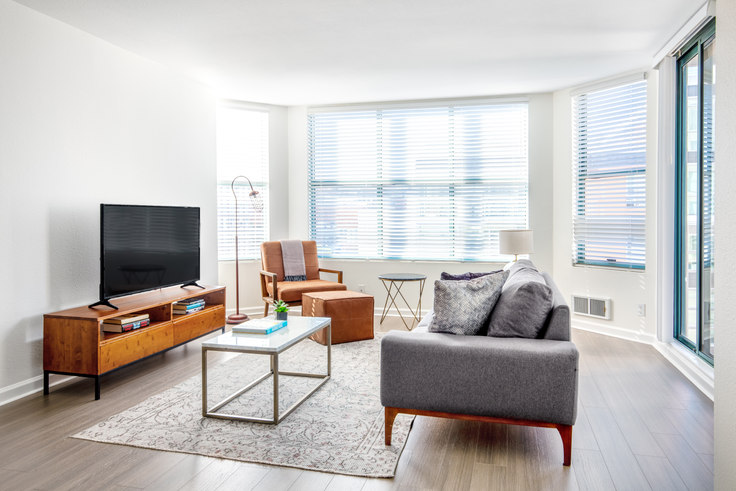 2 bedroom furnished apartment in South Beach Marina Apartments, 2 Townsend St 394, South Beach, San Francisco Bay Area, photo 1