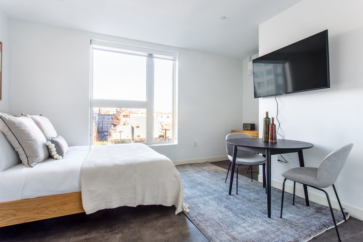 Studio furnished apartment in Link, 5 Columbia St 311, Central Square, Boston, photo 1