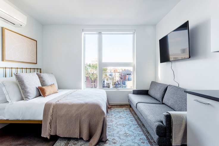Studio furnished apartment in Link, 5 Columbia St 312, Central Square, Boston, photo 1