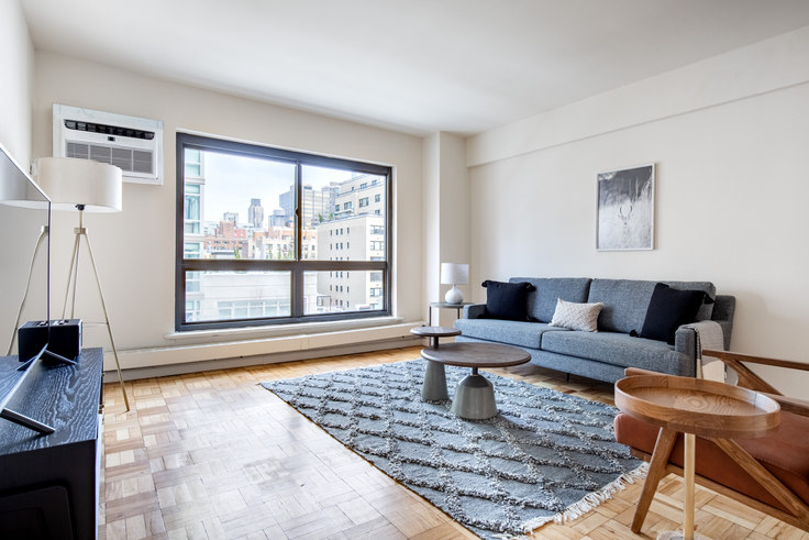 2 bedroom furnished apartment in 300 E 51st St 531, Midtown East, New York, photo 1