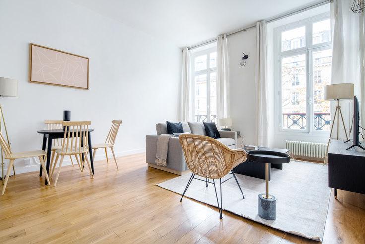 2 bedroom furnished apartment in Rue Réaumur 47, Le Marais - République, Paris, photo 1