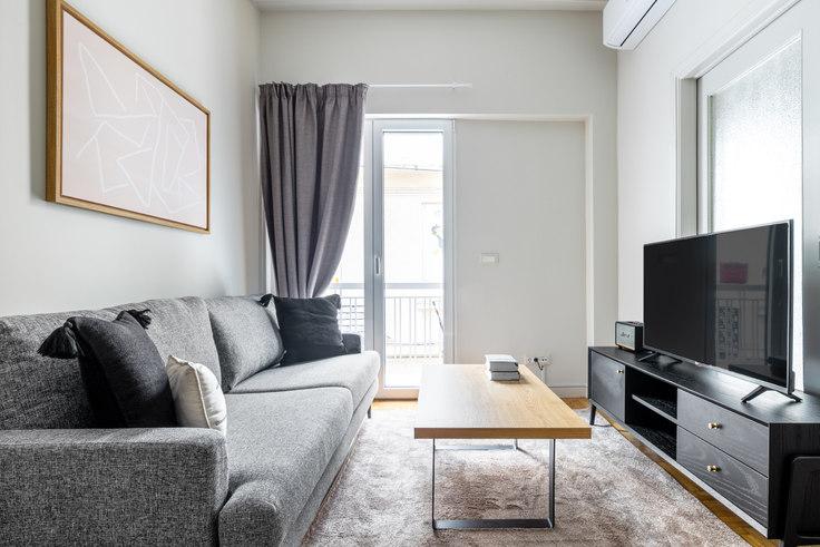 2 bedroom furnished apartment in Chrysostomou Papadopoulou 942, Ampelokipoi, Athens, photo 1