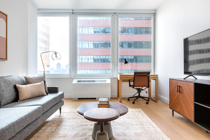 1 bedroom furnished apartment in 180 Water St 535, Financial District, New York, photo 1