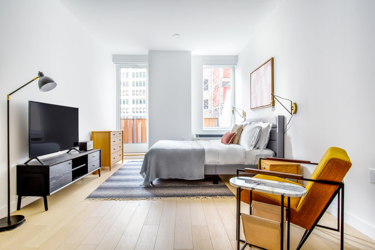 Studio furnished apartment in 20 Broad St 541, Financial District, New York, photo 1