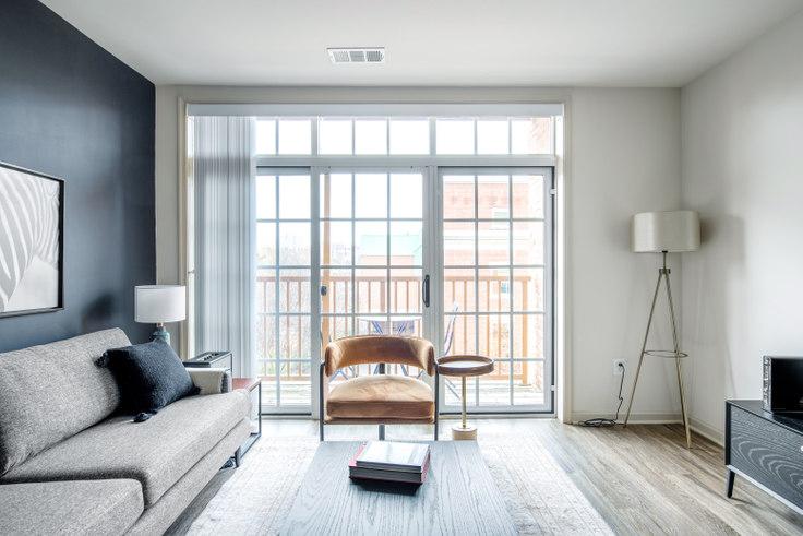 2 bedroom furnished apartment in Garfield Park, 925 N Garfield St 235, Clarendon, Washington D.C., photo 1
