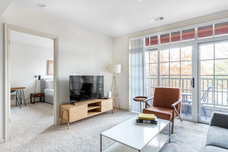 1 bedroom furnished apartment in Garfield Park, 925 N Garfield St 236, Clarendon, Washington D.C., photo 1