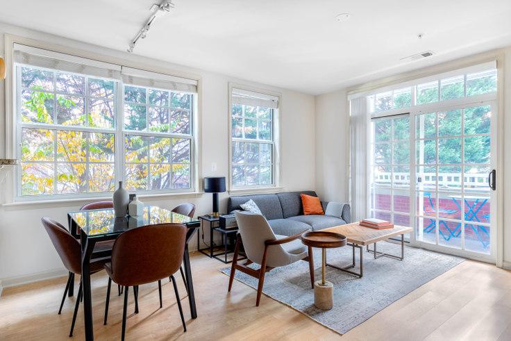 1 bedroom furnished apartment in Garfield Park, 925 N Garfield St 237, Clarendon, Washington D.C., photo 1
