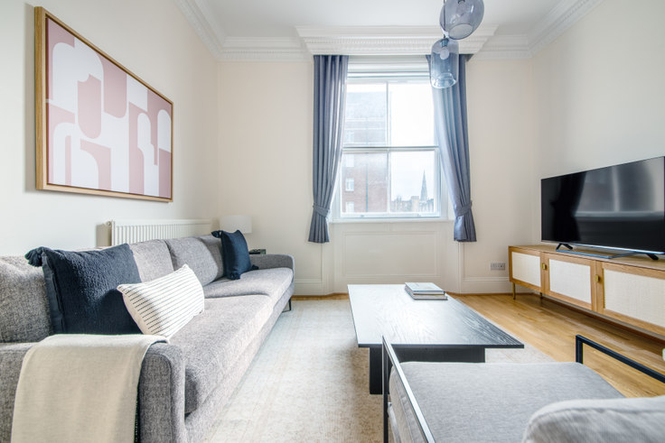 2 bedroom furnished apartment in Glendower Place 37, South Kensington, London, photo 1
