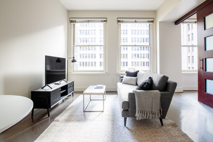 1 bedroom furnished apartment in The Cobb, 1301 4th Ave 59, Downtown, Seattle, photo 1