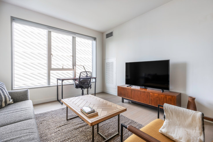 1 bedroom furnished apartment in The Emerson, 225 S Grand Ave 372, Downtown, Los Angeles, photo 1