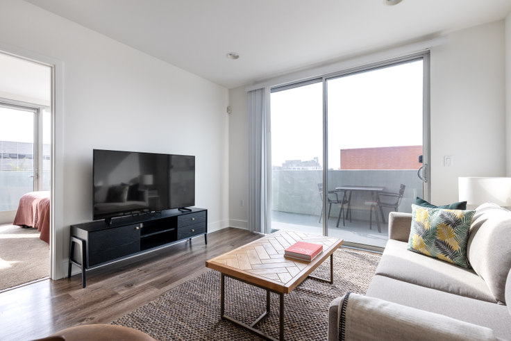 2 bedroom furnished apartment in Century City Icon, 10473 Santa Monica Blvd 374, Westwood, Los Angeles, photo 1