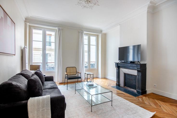 1 bedroom furnished apartment in Rue Troyon 53, Arc de Triomphe, Paris, photo 1