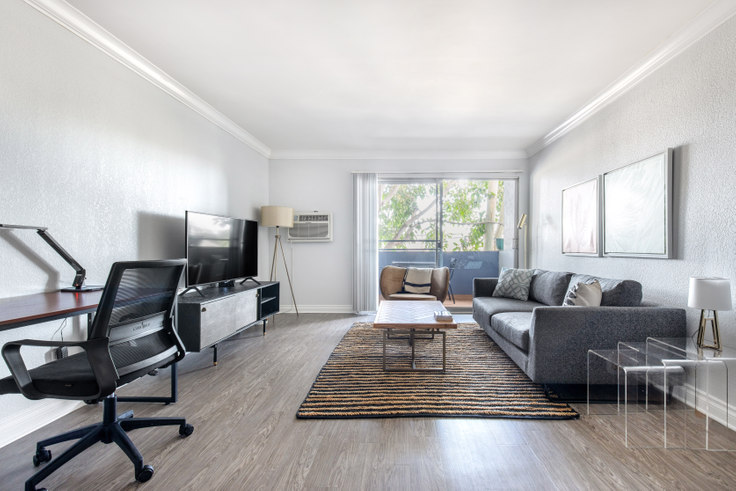1 bedroom furnished apartment in Milano I, 20810 Anza Ave, Torrance 375, Torrance / Carson, Los Angeles, photo 1