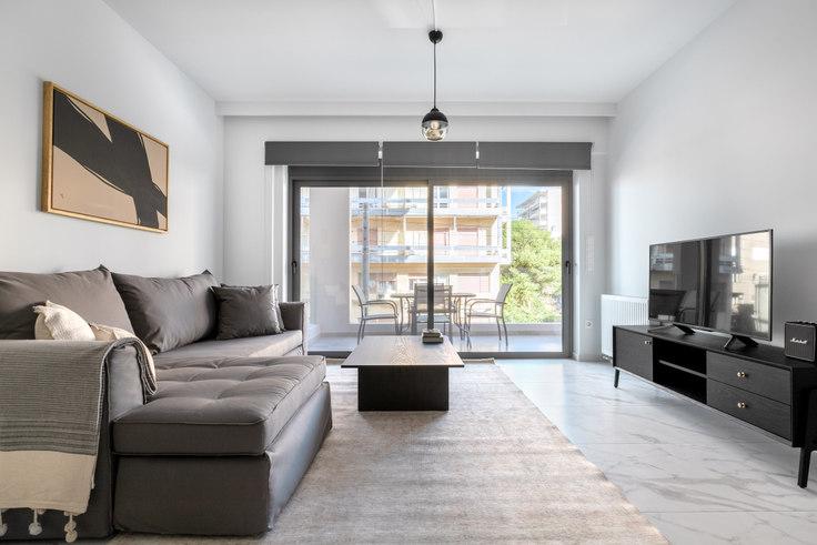 2 bedroom furnished apartment in Tritonos I 962, Palaio Faliro, Athens, photo 1