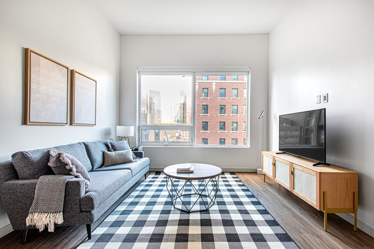 1 bedroom furnished apartment in Tower 12, 2015 2nd Ave 69, Belltown, Seattle, photo 1