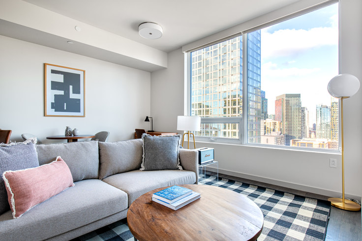 Studio furnished apartment in Tower 12, 2015 2nd Ave 70, Belltown, Seattle, photo 1