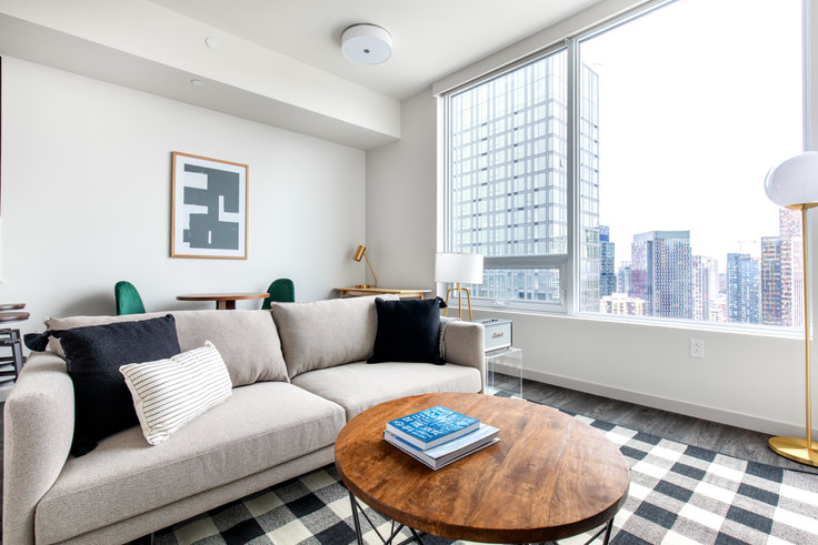 Studio furnished apartment in Tower 12, 2015 2nd Ave 72, Belltown, Seattle, photo 1