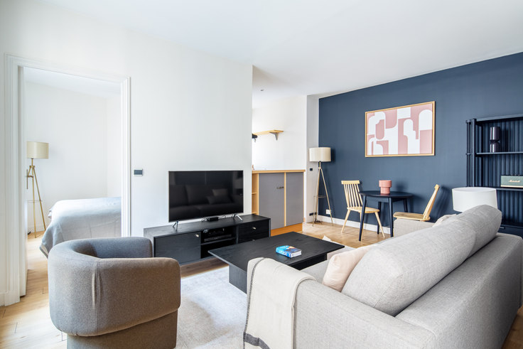 1 bedroom furnished apartment in Rue Tronchet 57, Madeleine, Paris, photo 1