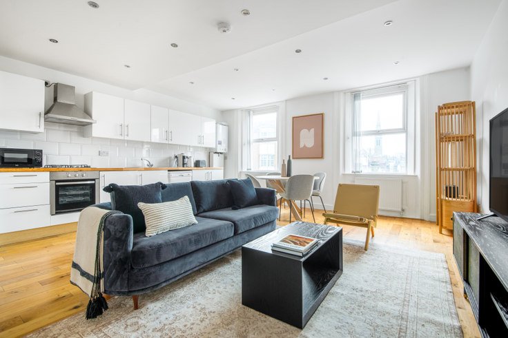 2 bedroom furnished apartment in Queensway 41, Bayswater, London, photo 1