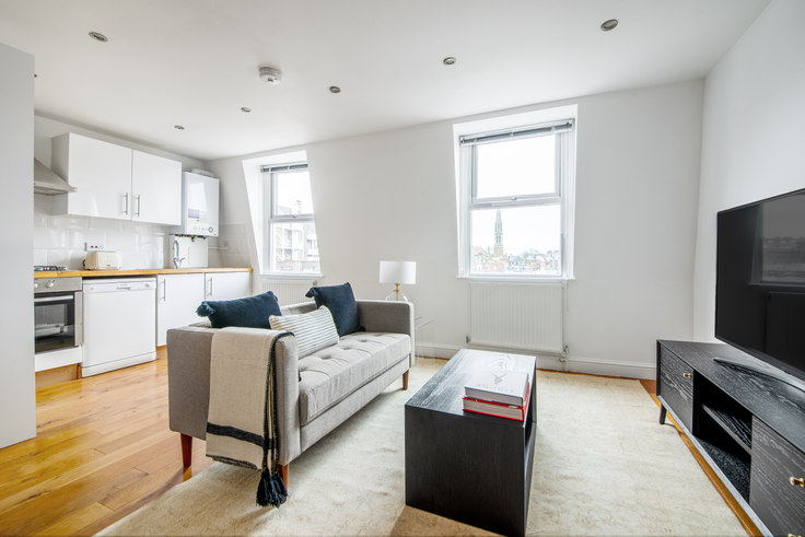 1 bedroom furnished apartment in Queensway 44, Bayswater, London, photo 1