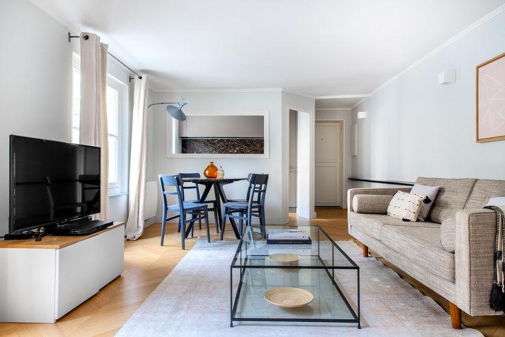 1 bedroom furnished apartment in Rue de Bellechasse 60, Invalides, Paris, photo 1